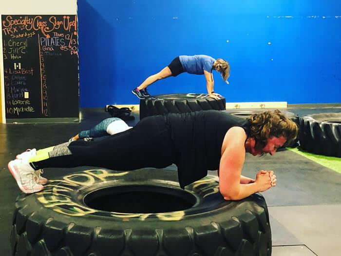 Planks at GEvolution Fitness.